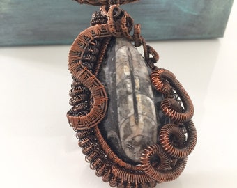 Statement wire weave copper necklace