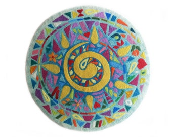Round wool rug, felted rugs, meditation mat, merino round rug, Hand felted round rug, rainbow colours , felted wool play mat, small carpet