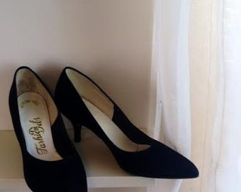 Vintage Black Kitten Heels Size 7