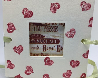 Carnet de notes Wee avec papillon - coeurs - petit livre - ruban vert - fenêtre - bloc-notes