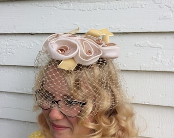 50s Floral Veil Whimsy Hat Neutral Net Spring Easter Vintage