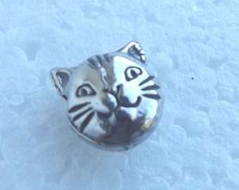 Cat Face Bead Large Pewter Lead free Nickel Free 10mm x 10mm