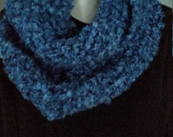 Scarf and beret, or blue hat set