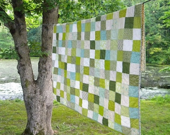 Full size Quilt, Spring Green Patchwork cotton blanket 81 X 81 scrappy vibe, custom made, Unique for Newlyweds, Housewarming present