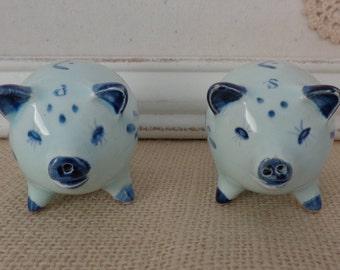 Vintage Blue Delft Pigs Salt and Pepper, Dutch Blue Salt and Pepper Shakers, Piggy Salt and Pepper Shakers