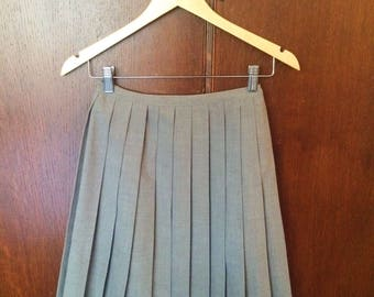 Vintage 50s Gray Pleated High Waist Circle Skirt Size Small