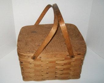 Vintage Pie Picnic Basket Wood Slat Woven Basket Lidded Bentwood Handles Collectible Home Decor