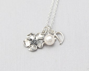Bridesmaid Flower Necklace, Summer Wedding Jewelry, Personalized Bridesmaids Gifts with Sterling Silver Initials