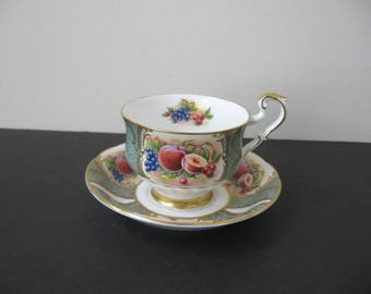 Vtg PARAGON Bone China Green & Gold with FRUITS Panels Footed Teacup Saucer Set