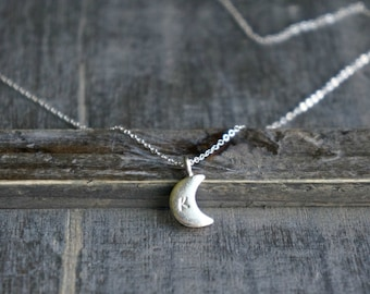 Silver Moon Necklace / Personalized Crescent Moon Pendant with Initial •  Custom Gift for Her • I love you to the moon and back • Moon Charm