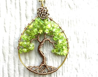 Peridot Gemstone Tree of Life, Wire Wrap Tree of Life Necklace, Green Tree Necklace, Antique Bronze Tree of Life, August Birthstone Necklace