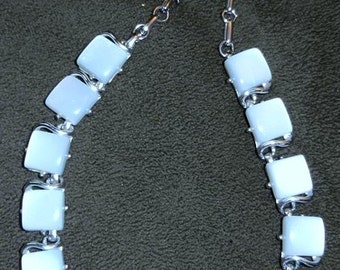 SALE Vintage Coro Lucite Necklace