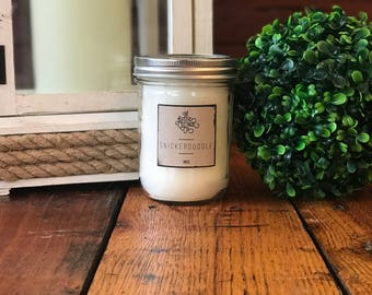 Snickerdoodle 16oz Woodwick Candle