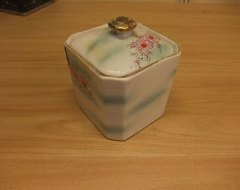 Decorated Porclain Trinket box
