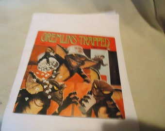 Vintage 1984 Warner Bros Gremlins Trapped Story 4 Record Book 33 1/3, collectable, music, gremlins