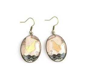 Vintage chicken earrings, glass tile earrings, vintage earrings for women