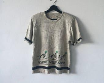 Vintage knit art women tshirt nice design // knitwear
