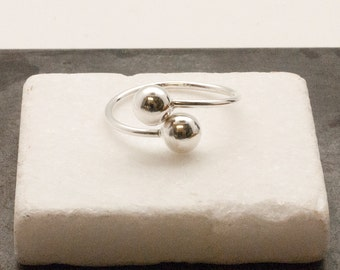 Ball Ring, Double Ball Ring, Silver Twist Ring, Geometric Modern Ring, Adjustable Ring, Everyday Simple Ball Ring, Unique Ring Gift for Her