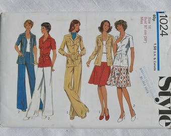 Vintage dressmaking pattern, Style 1024, jacket, skirt and trousers, size 38 inch bust, 1975, uncut