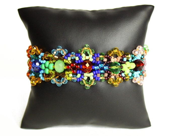 Hand beaded multicolored bracelet, double magnetic closure, crystalicious color block 7.5 inches #100