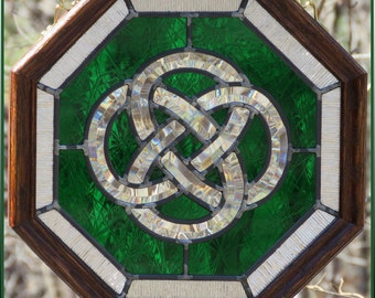 Green Octagon Celtic Knot