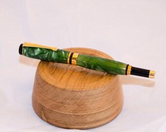 Green Acrylic Fountain Pen