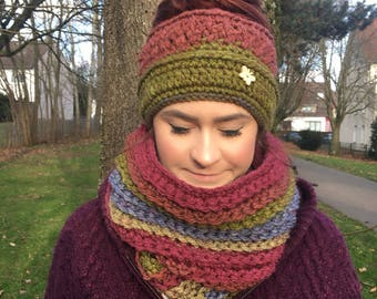 Messy Bun Hat and Cowl Set, Messy Bun, chunky hat, winter cowl, hat and scarf set, infinity scarf