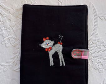 Pouch for storing slate cat decor