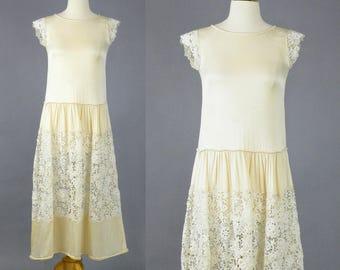 Vintage 20s Dress, 1920s Dress, 1920s Wedding Dress, Great Gatsby Dress, Cream Crepe-Back Satin and Cutwork Crochet Lace Dress