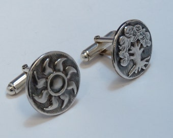 Magic The Gathering Inspired Cufflinks with White and Green Mana symbols