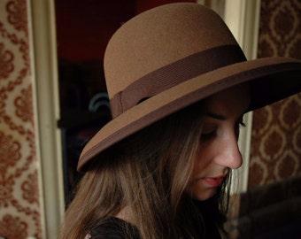 Wide Brim Bucket hat - 50s style - The Nippon  - Handmade in felt