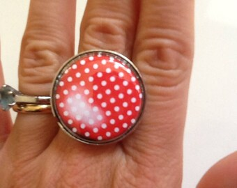 Adjustable red silver dot ring