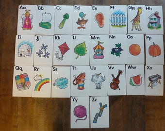26 Vintage Picture ABC Flashcards Alphabet Flash Card Wall Art Ephemera Craft Supply Lot (#877)