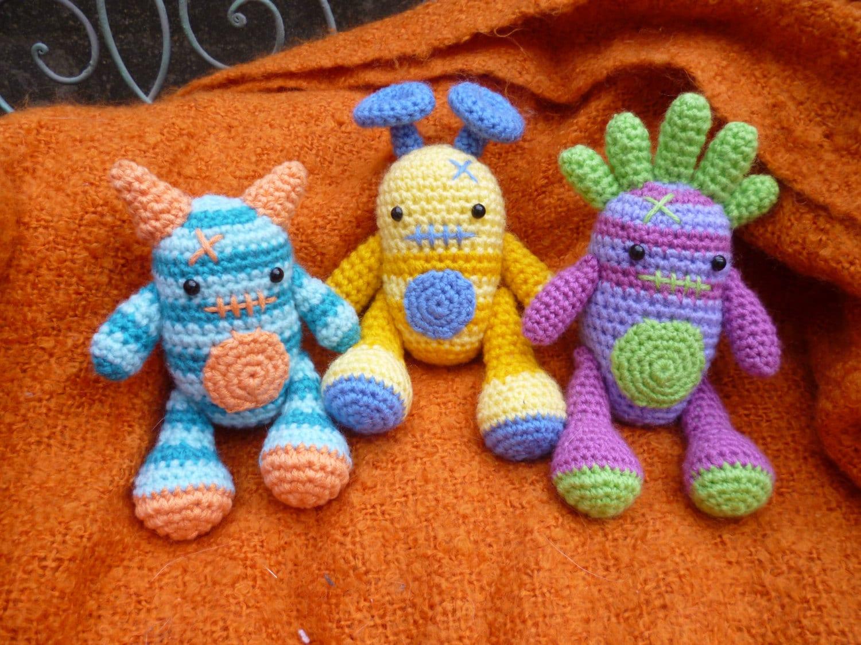 Amigurumi Monster Pattern Free Crochet : Mini monsters harry barry and larry amigurumi crochet pattern