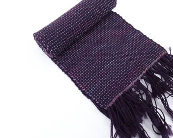 Scarf, hand woven 100% wool. Classic style, individually made with traditional cottage equipment. Warm, individual, great gift.