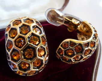 vintage Kenneth J Lane bee hive clip earrings | golden honey rhinestones | KJL jewelry | 1980s 1990s | Queen Bee | rare honeycomb