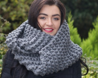 Claire, OUTLANDER, Inspired, Cowl Gray, Chunky knit scarf, Extra Long, Wrap Around, Grey Cowl, Outlander Gray, Womens Gift, Gift for Her,