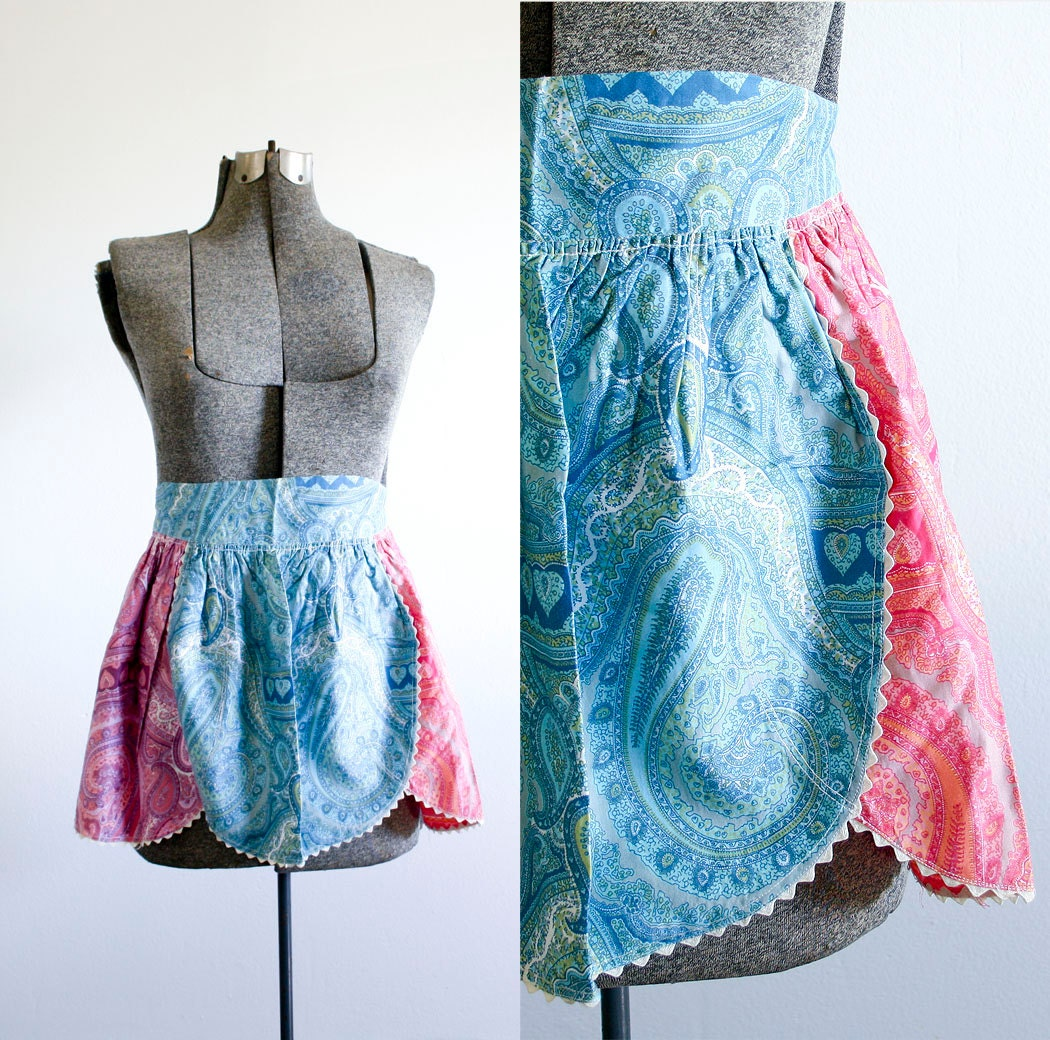 Vintage Half Apron / Kitchen Apron / Pink and Blue Paisley