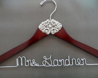 RHINESTONE Wedding Dress Hanger, Crystal Bride Hanger, Wedding Coat Hanger, Gatsby Wedding, Personalized Hanger, Vintage Theme Wedding