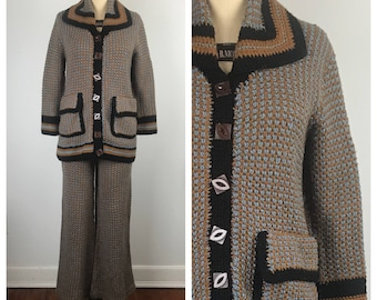 Vintage 1970s Suit / 70s Hand Knit 2pc Pantsuit and Jacket  / Medium to Large
