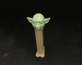 Vintage Pez Dispenser - YODA - LucasFilms Vintage Star Wars Merchandise! Rare Vintage Toy