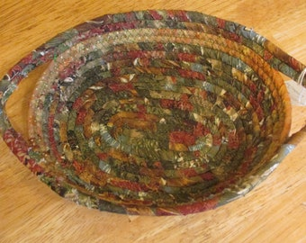 "Hand Crafted Reversible Rope Bowl Basket rich earthy fall woods colors 9 x 6"" oval 100% cotton"