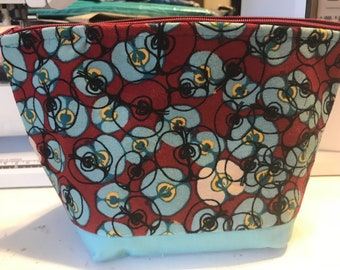 Apples make up bags