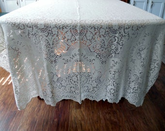 Vintage Quaker Lace New Old  Stock In the Original Box Embassy Pattern 1100 Natural Color ECS SVFT