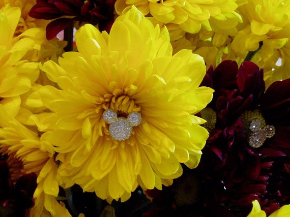 Disney Wedding FREE SHIP 6 Hidden Mouse Ears  Bouquets  Floral Pins Flower Picks Corsages Boutonnieres Centerpieces