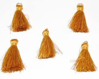 5 charm tassels old gold cotton 3cm