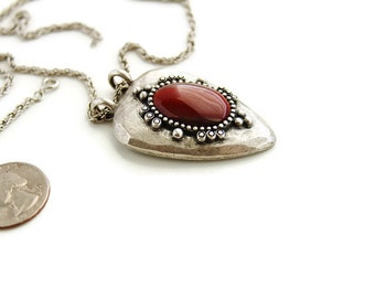 Unsigned  Pewter  Agate pendant