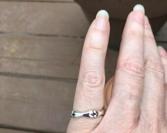Bones ring/6