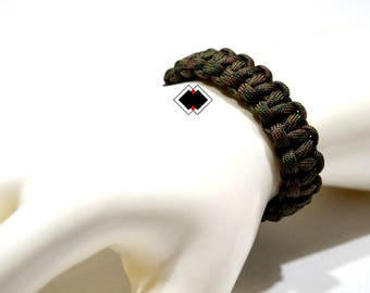 paracord survival bracelet wetland camo handmade in USA