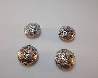 1 set of 4 decorated round flat silver metal beads